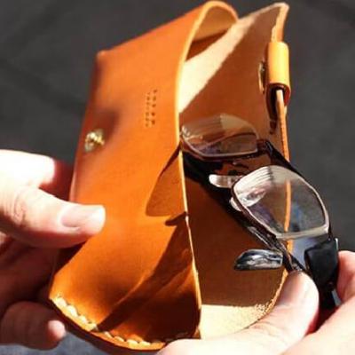ドゥラム 使い勝手の良さが人気のメガネケース